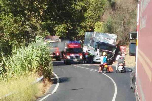 Acidente no Cartaxo provoca três feridos