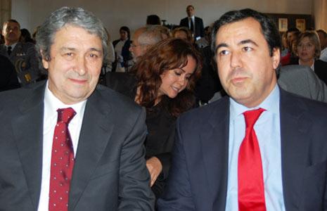 Conde Rodrigues (à direta) ao lado do Procurador Geral da República, Pinto Monteiro